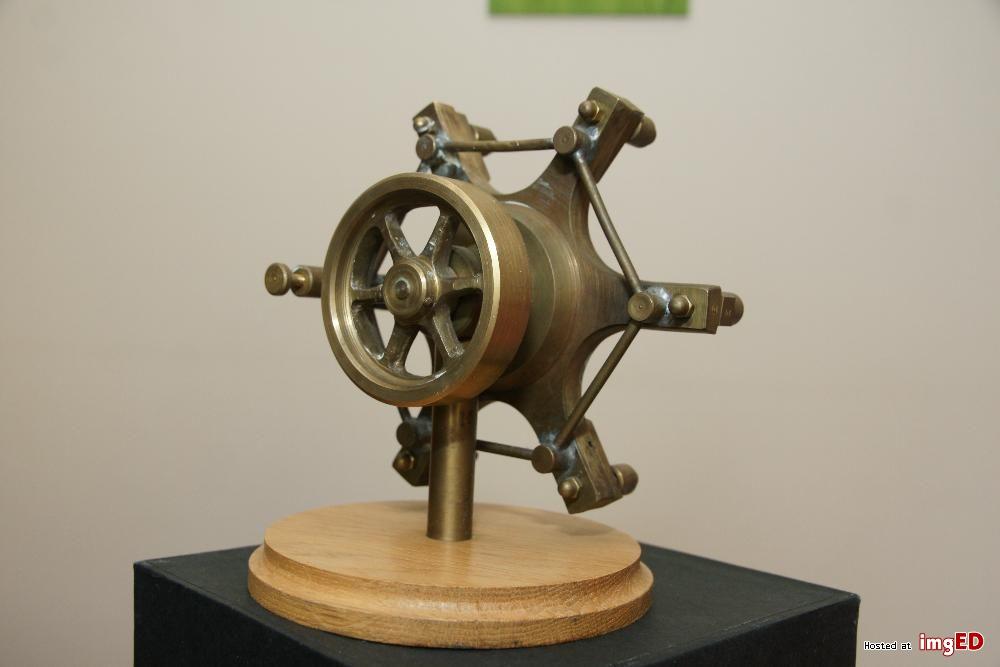 Silnik rotacyjny - gwiazda 4